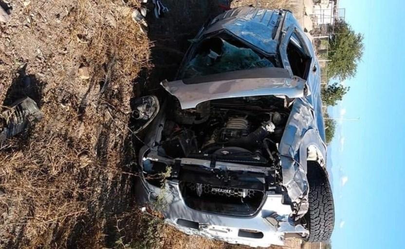 mujer sufre volcadura en tamazula ii.jpg 242310155 - Mujer sufre volcadura en Tamazula II en Sinaloa