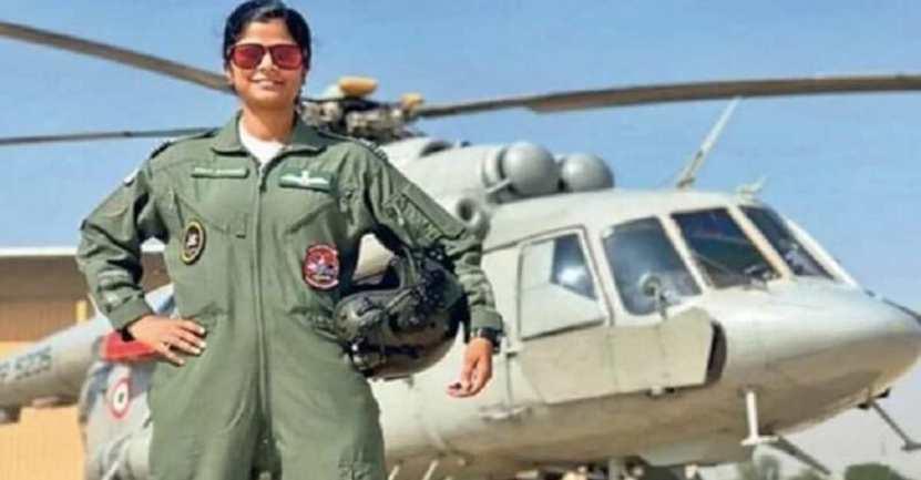 primer mujer fuerza aerea india - Por primera vez, una mujer en la India liderará desfile aéreo del Día de la República. Se abren paso