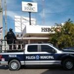 whatsapp image 2021 01 26 at 3 20 19 pm crop1611700741989.jpeg 242310155 - Preventivos mantienen la vigilancia en los bancos en Los Mochis