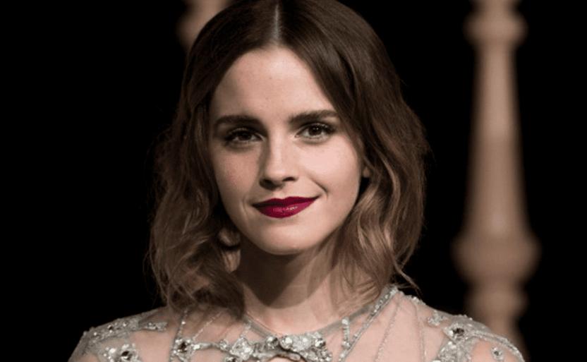 emmaa crop1612130950724.png 242310155 - La imagen de Emma Watson que deja muy poco a la imaginación