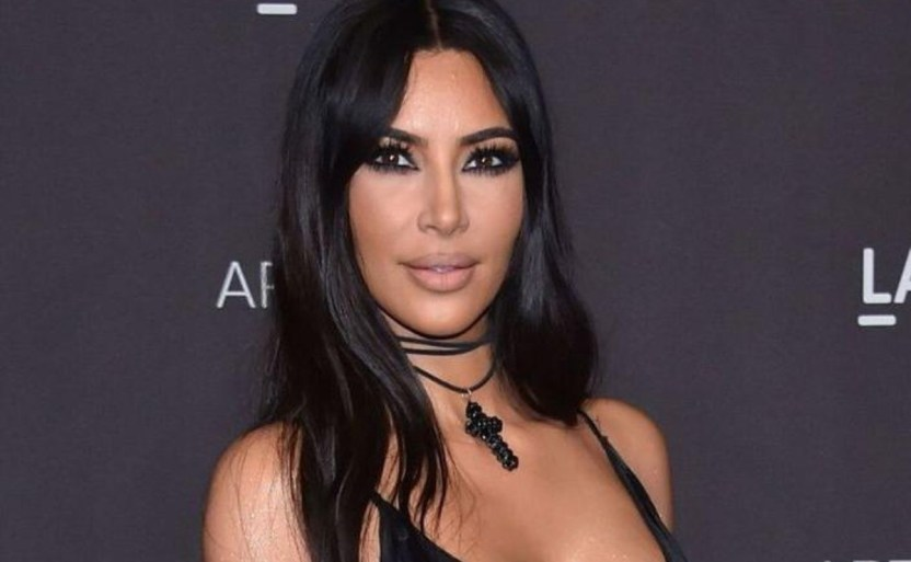 "kim afp crop1613970338907.jpg 242310155 - Presume Kim Kardashian su linda figura ""a base de plantas"""