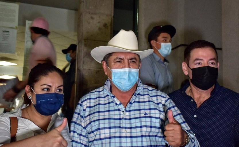 90bc7d0d b5c2 43f6 9d3f bac503050fb6 crop1616403469924.jpg 242310155 - Faustino Hernández promete campaña de propuestas y soluciones