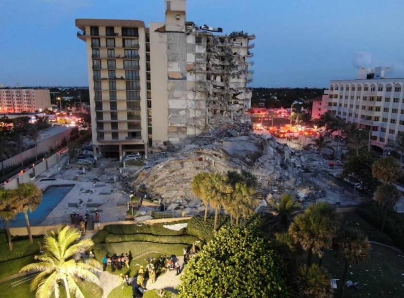 colapso edificio miami latinos desaparecidos - Reportan 18 latinos desaparecidos tras colapso de un edificio en Miami