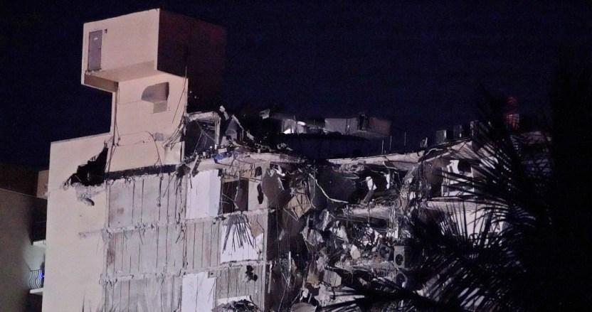 edificio derrumbado en miami 1 - Rescatistas de México e Israel ayudan en colapso de edificio en Miami