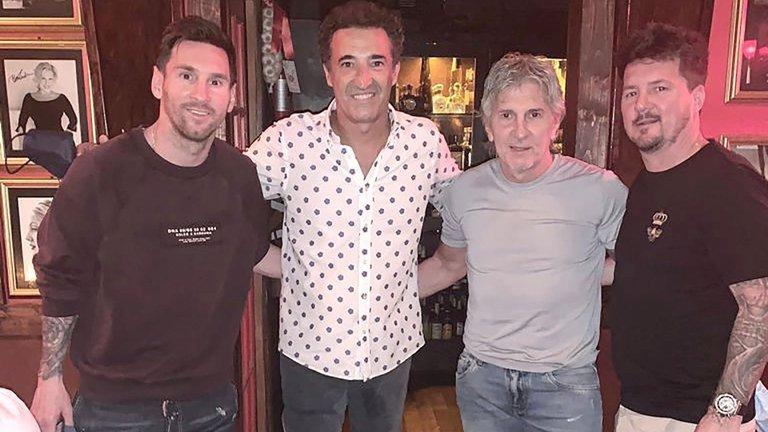 P5TAYSMT65AJTP4HOR7WWQZKJU - Messi visitó el restaurante de Miami que eligen Michael Jordan y Lenny Kravitz LaPatilla.com