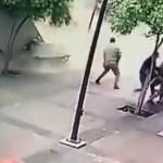 marquesina crop1626206438663.jpg 1340510406 - Marquesina cae sobre mujer en Guadalajara (video)