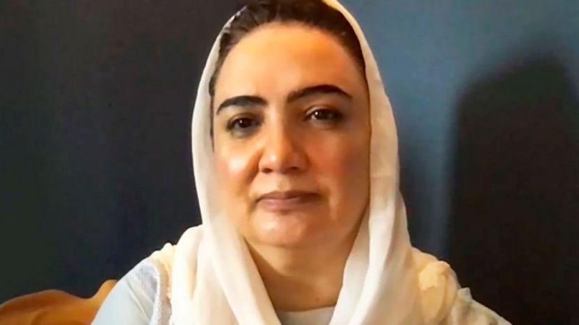 """120302557 xxx1200 grab i 1 - Afganistán: """"Mi disfraz en el aeropuerto de Kabul y cómo escapé del país"""""""