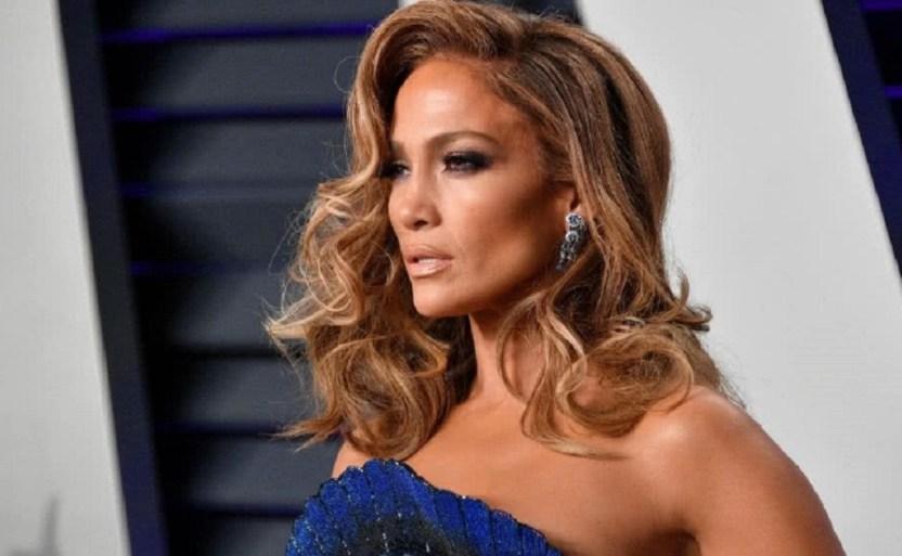 jennifer lopez afp .jpg 242310155 - Jennifer Lopez aparece, ¡en impresionante traje de Eva!