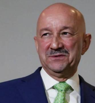 """salinas documentos  - Le """"robaron"""" a Calderón millones de pruebas de las privatizaciones de Carlos Salinas"""