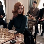 "9cdeffab403bf19b76723001377a6da827213e93 scaled - ""Gambito de dama"" en problemas: La legendaria jugadora soviética de ajedrez demanda a Netflix por ""sexista y denigrante"""