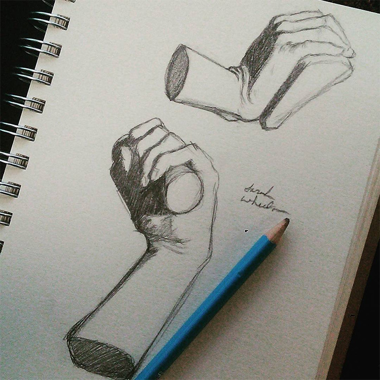 Shading forms in hands