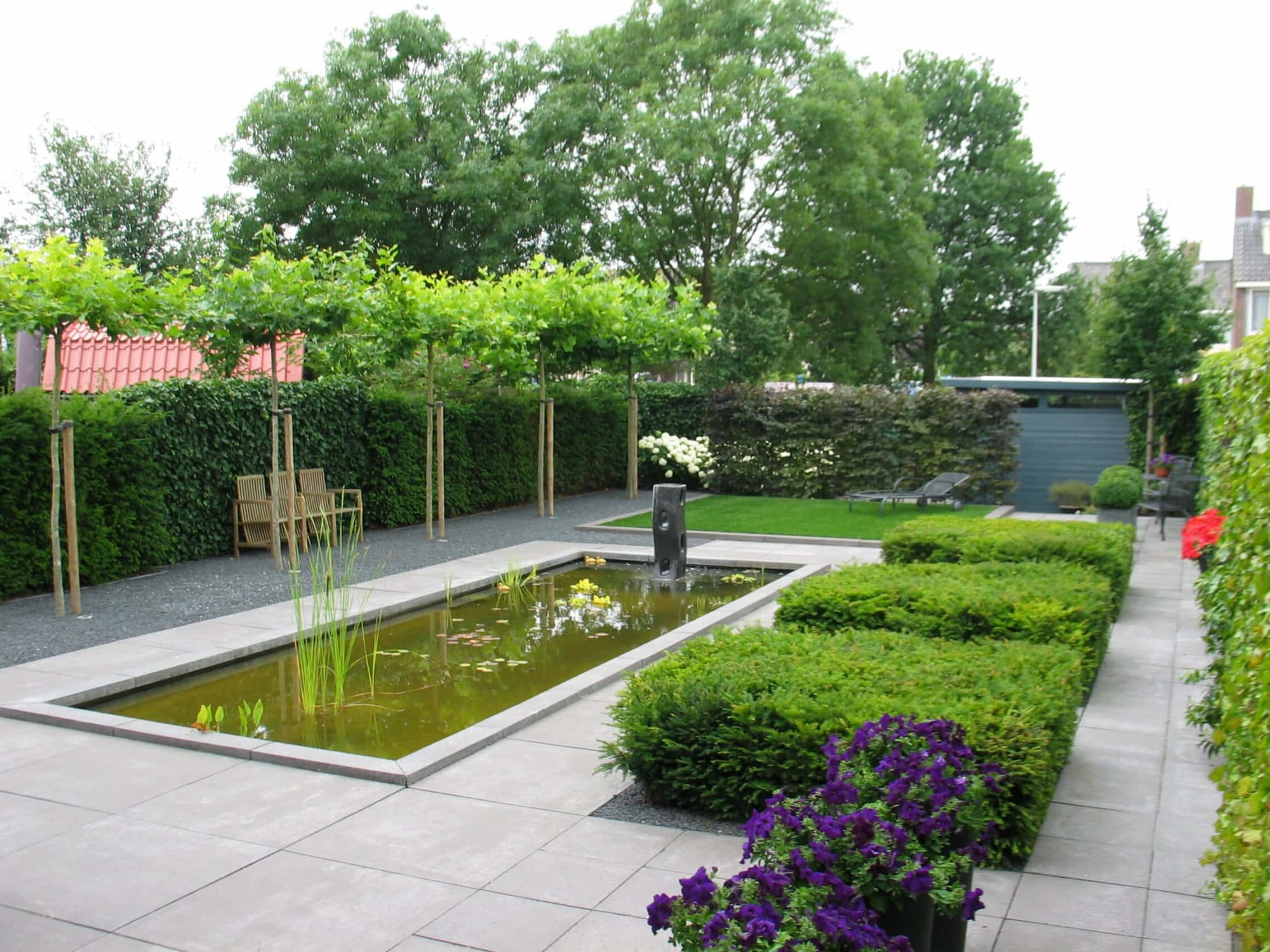 Grote Moderne Tuin : Moderne tuin aangelegd met grote vijver u2013 conceptgroen