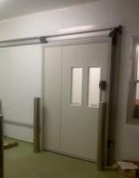 Sliding panel door