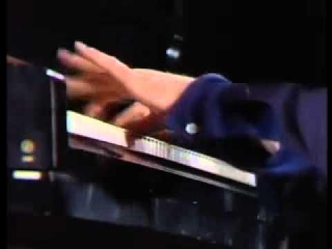 ピアノの基準の音 ニューヨーク・スタンウェイ《CD75》 風