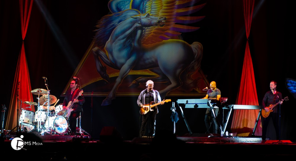 Steve Miller Band at the Save-On-Foods Memorial Centre - Apr 14 2018