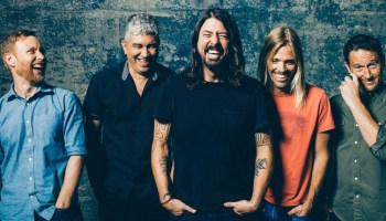 Axl rose replaces ozzy osbourne as frontman of black sabbath foo fighters debut new song and video for m4hsunfo