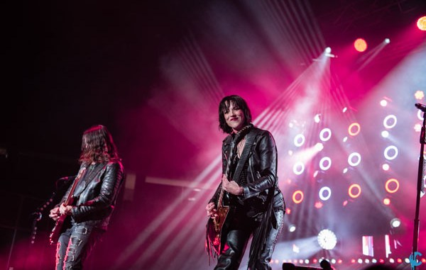 Photos / Review – Halestorm, In This Moment, New Years Day, and ...
