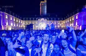 Concert de rentrée, Place de la Lib. Dijon. PIanos prévalet musique