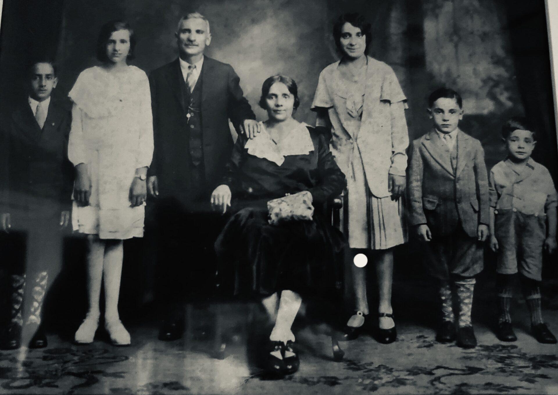 family1922