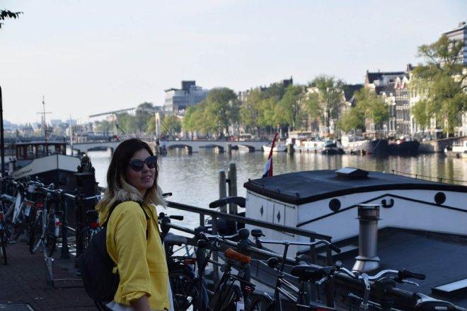 Vistas de los canales de Amsterdam