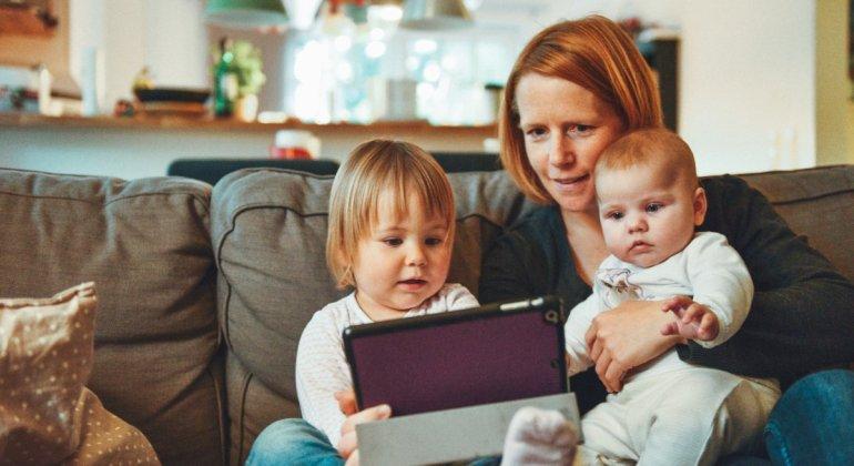 Conciliar en tiempos de confinamiento, teletrabajando con niños en casa, es el mal
