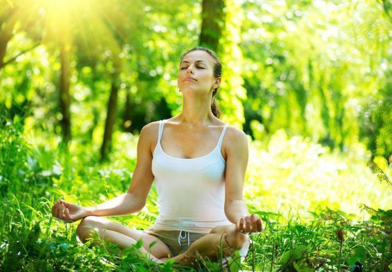 Esta es una mala postura de meditación.