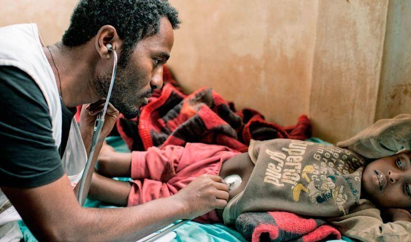 Hace un par de años me hice socio de Médicos Sin Fronteras (MSF) para ayudar a construir un mundo mejor. Este vídeo me demuestra que fue una buena decisión. Imagen: © Matthias Steinbach