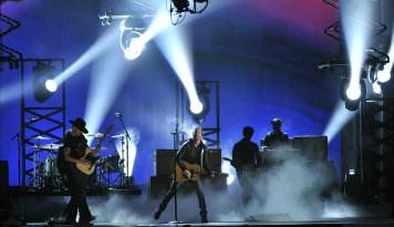 Dierks Bentley: CMA 2012