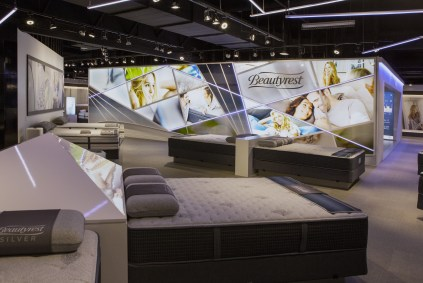 Simmons Bedding Company Las Vegas Showroom: 2017