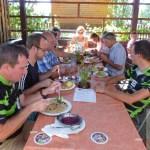 Gemeinsames Mittagessen im Maastümpfl