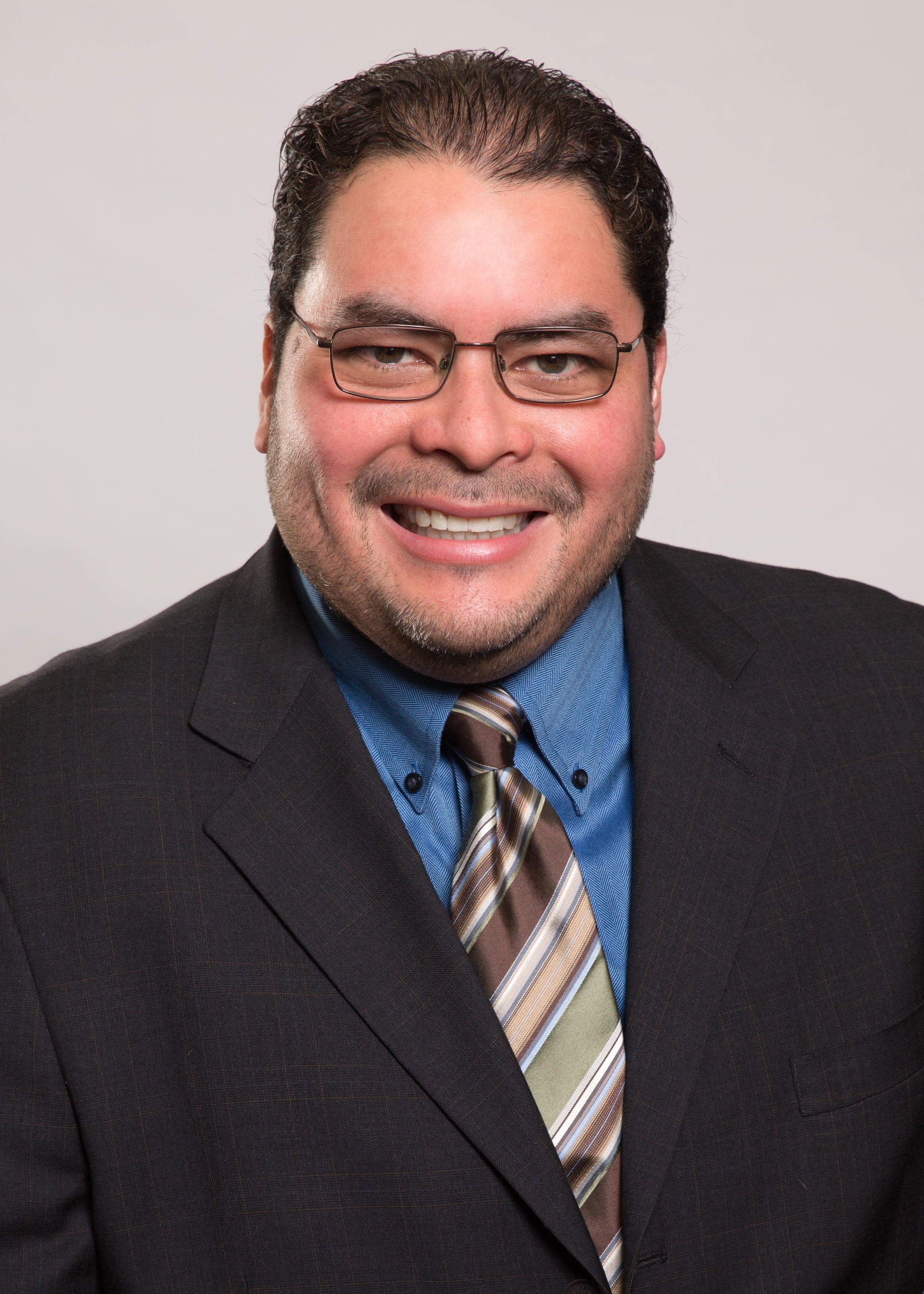 Sanchez awarded Louisville Institute grant