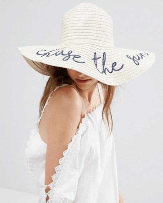 cappello scritte