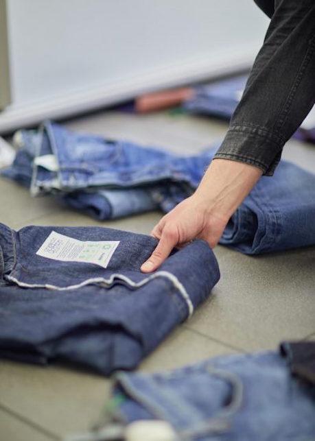 Jeans sostenibili ed etici: ecco 5 brand