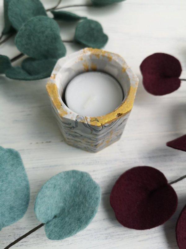 Custom marbled jesmonite pots photo 3