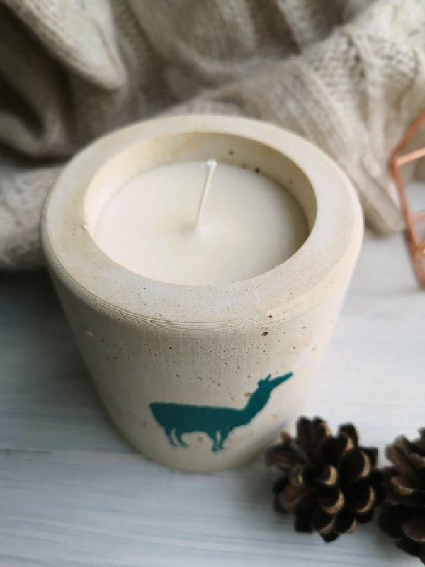 Llama candle photo 2