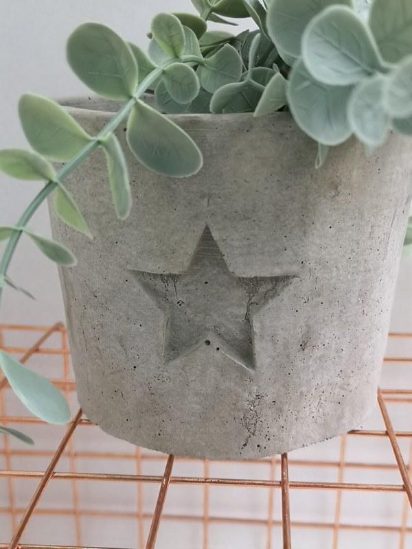 Star Concrete Planter photo 1 grey