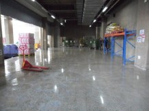 Polishing and hardening floors repaired with Concrete Mender™.