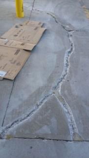 concrete-mender-crack-floor00003