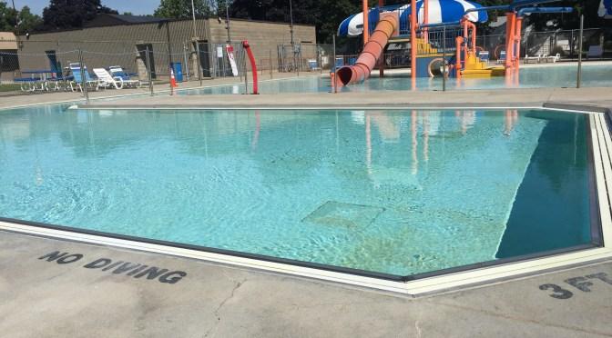 Swimming Pool Repair with Concrete Mender