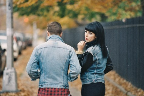 sleigh_bells_backs