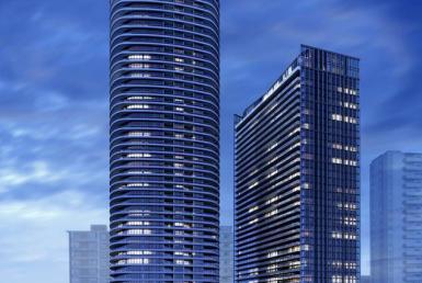 Via Bloor Condos Tower View Toronto, Canada
