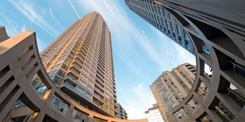 Minto Midtown Condos Upward View Toronto, Canada