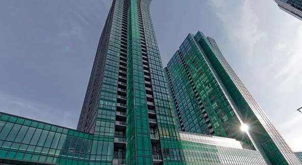 Exterior image of the Emerald Park 2 in Toronto