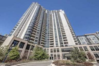 Exterior image of the Grand Triomphe at Northtown II in Toronto
