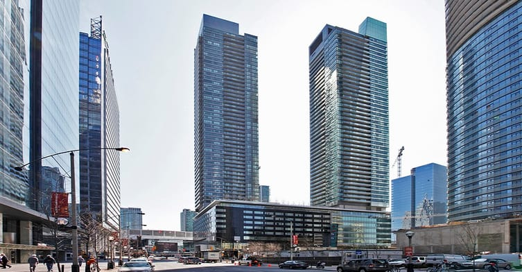 Exterior image of the Maple Leaf Square - North Tower in Toronto