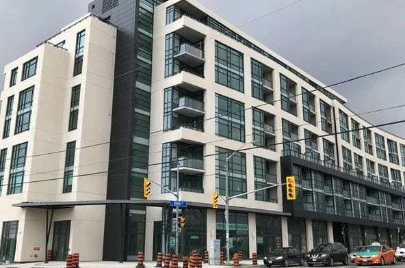 Exterior image of the Visto Condominium in Toronto
