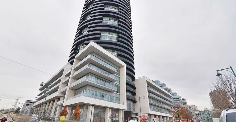 Exterior image of the Waterscapes in Toronto