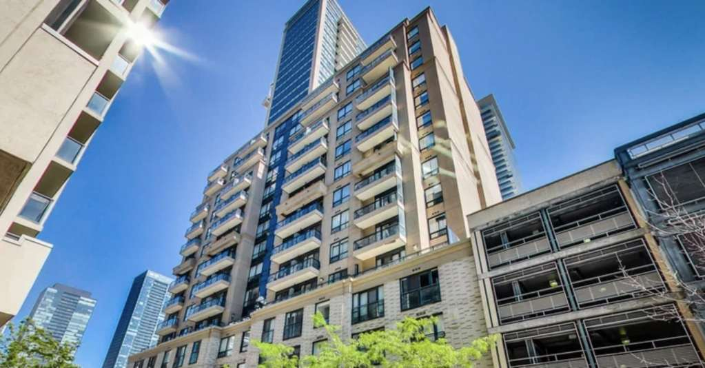 Exterior image of the The Bloor Street Neighbourhood 1 in Toronto