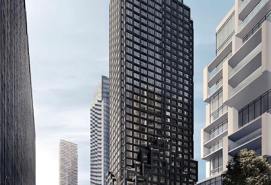 Yonge & Soudan Condos Building Exterior