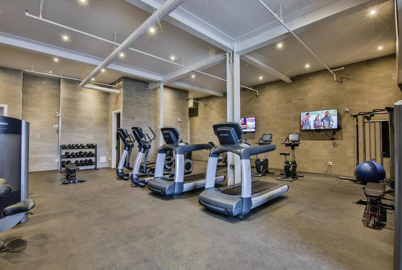 Dundurn Lofts Fitness Gym